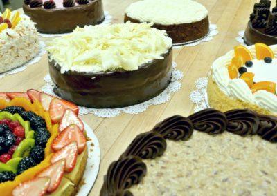 multi cakes